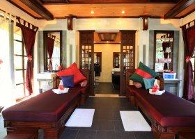 maledivy-hotel-holiday-island-resort-020.jpg