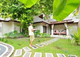 maledivy-hotel-holiday-island-resort-021.jpg
