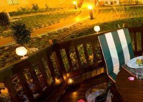 maledivy-hotel-hulhule-island-hotel-023.jpg