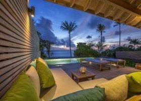 maledivy-hotel-hurawalhi-island-resort-102.jpg