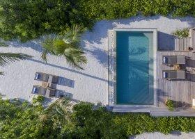 maledivy-hotel-hurawalhi-island-resort-108.jpg