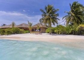 maledivy-hotel-hurawalhi-island-resort-112.jpg