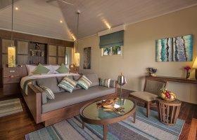 maledivy-hotel-hurawalhi-island-resort-114.jpg