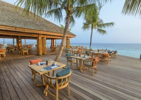 maledivy-hotel-hurawalhi-island-resort-131.jpg
