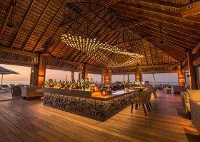 maledivy-hotel-hurawalhi-island-resort-135.jpg