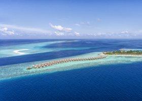 maledivy-hotel-hurawalhi-island-resort-138.jpg