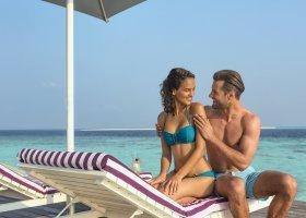 maledivy-hotel-hurawalhi-island-resort-141.jpg