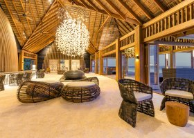 maledivy-hotel-hurawalhi-island-resort-147.jpg