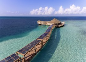 maledivy-hotel-hurawalhi-island-resort-149.jpg