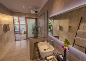 maledivy-hotel-hurawalhi-island-resort-158.jpg