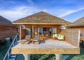 maledivy-hotel-hurawalhi-island-resort-164.jpg