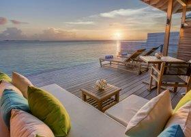 maledivy-hotel-hurawalhi-island-resort-167.jpg