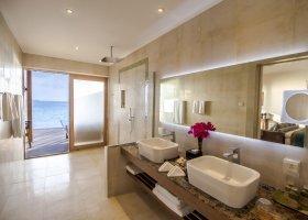 maledivy-hotel-hurawalhi-island-resort-169.jpg