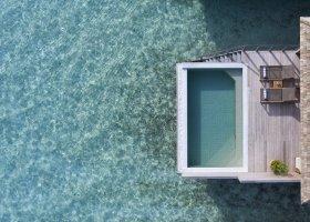 maledivy-hotel-hurawalhi-island-resort-170.jpg