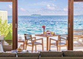 maledivy-hotel-hurawalhi-island-resort-173.jpg