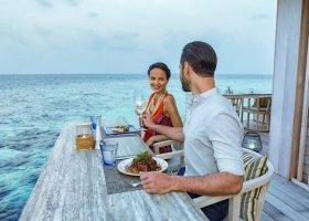 maledivy-hotel-hurawalhi-island-resort-178.jpg