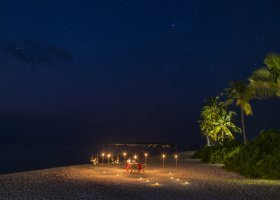 maledivy-hotel-hurawalhi-island-resort-180.jpg