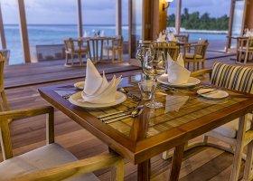 maledivy-hotel-hurawalhi-island-resort-182.jpg