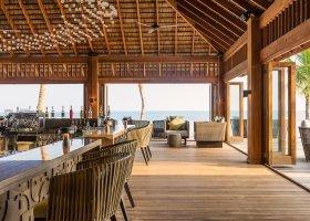 maledivy-hotel-hurawalhi-island-resort-190.jpg