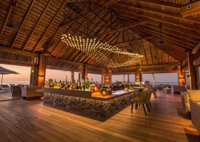 maledivy-hotel-hurawalhi-island-resort-192.jpg
