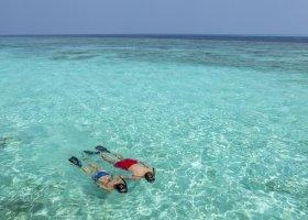 maledivy-hotel-hurawalhi-island-resort-216.jpg
