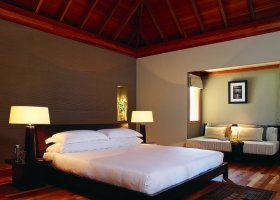 maledivy-hotel-huvafen-fushi-166.jpg