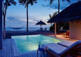 maledivy-hotel-kanuhura-144.jpg