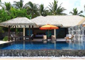 maledivy-hotel-kihaa-maldives-300.jpg
