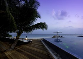 maledivy-hotel-kuramathi-island-resort-088.jpg