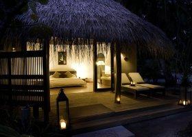 maledivy-hotel-kuramathi-island-resort-090.jpg
