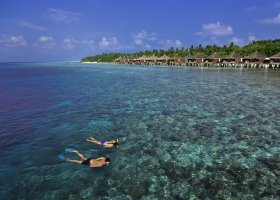 maledivy-hotel-kuramathi-island-resort-125.jpg