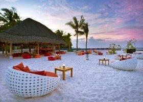 maledivy-hotel-kuramathi-island-resort-131.jpg