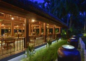 maledivy-hotel-kuramathi-island-resort-140.jpg