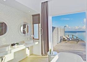 maledivy-hotel-kuramathi-island-resort-155.jpg