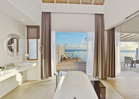 maledivy-hotel-kuramathi-island-resort-156.jpg