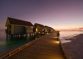 maledivy-hotel-kuramathi-island-resort-158.jpg