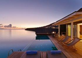 maledivy-hotel-kuramathi-island-resort-160.jpg