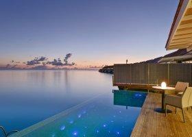 maledivy-hotel-kuramathi-island-resort-163.jpg
