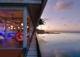 maledivy-hotel-kuramathi-island-resort-185.jpg