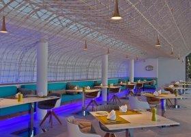 maledivy-hotel-kuramathi-island-resort-188.jpg