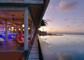 maledivy-hotel-kuramathi-island-resort-210.jpg