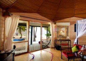 maledivy-hotel-kuredu-island-resort-089.jpg