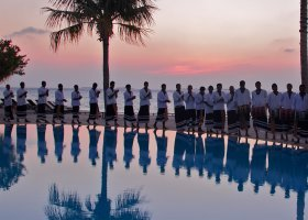 maledivy-hotel-kuredu-island-resort-104.jpg