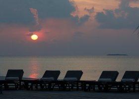 maledivy-hotel-kuredu-island-resort-105.jpg