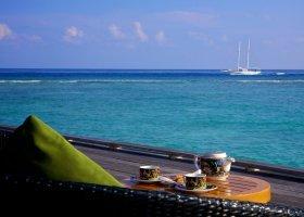 maledivy-hotel-kuredu-island-resort-107.jpg