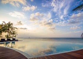 maledivy-hotel-kuredu-island-resort-167.jpeg