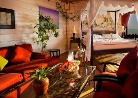 maledivy-hotel-kuredu-island-resort-168.jpg