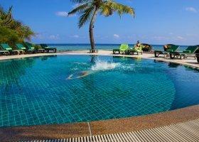 maledivy-hotel-kuredu-island-resort-176.jpeg