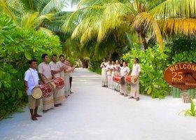maledivy-hotel-kuredu-island-resort-178.jpeg