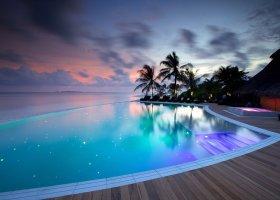 maledivy-hotel-kuredu-island-resort-179.jpeg